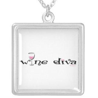 Diva del vino colgante cuadrado