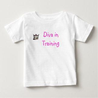 Diva in Training est 2006 (pink) T-Shirt