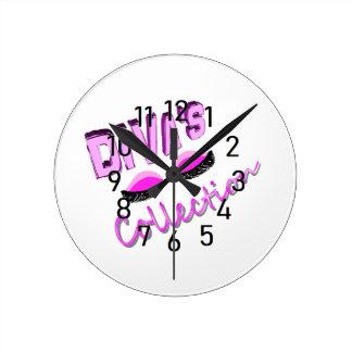 divas wall clock