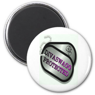 DIVASWAGG PROTECTED DOG TAGS MAGNET