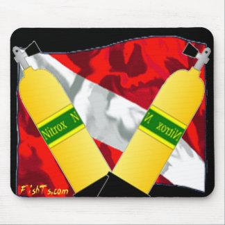 Divers Den-Flags Mouse Pad