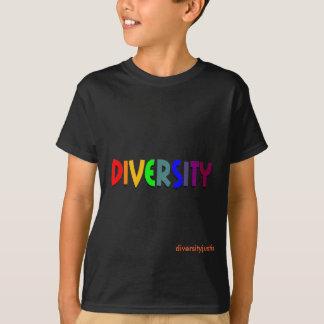 Diversidad (arco iris) (la camisa del niño
