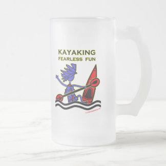 Diversión audaz Kayaking Taza Cristal Mate