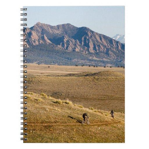 Diversión Biking de la montaña de Colorado Cuadernos