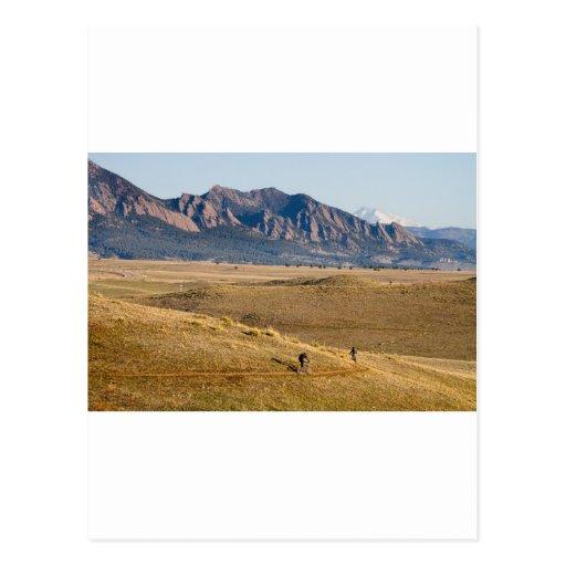 Diversión Biking de la montaña de Colorado Postal
