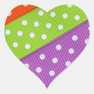 Diversión colorida de la cinta pegatina en forma de corazón