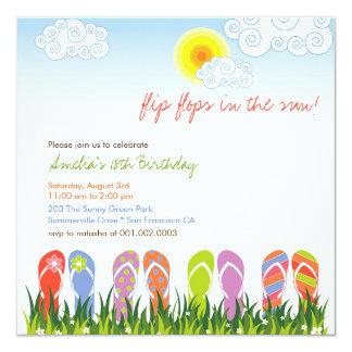 """Diversión colorida de los flips-flopes en fiesta invitación 5.25"""" x 5.25"""""""