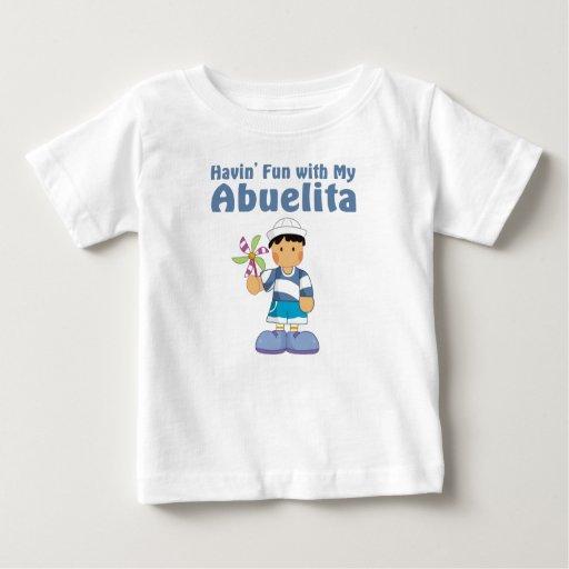 Diversión con Abuelita Playera De Bebé