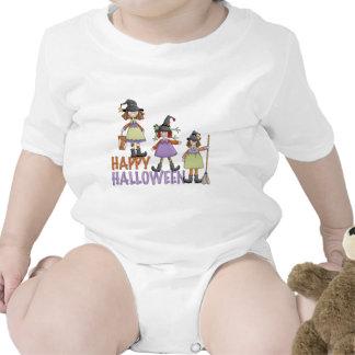 Diversión de Halloween de tres pequeña brujas Camisetas
