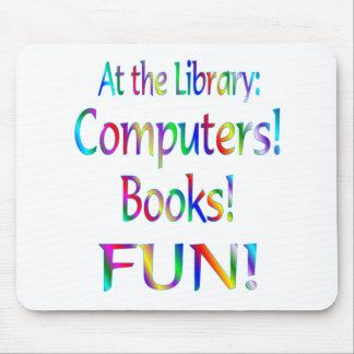 Diversión de la biblioteca alfombrillas de ratones