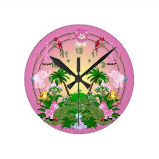 Diversión de la selva reloj redondo mediano