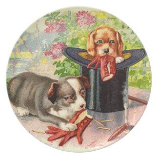 Diversión del perrito plato de comida