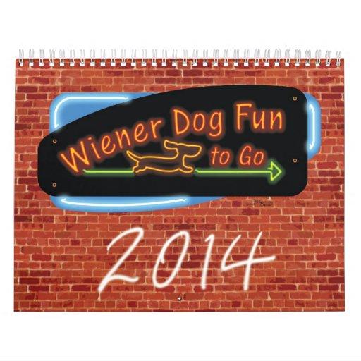 Diversión del perro de la salchicha de Frankfurt a Calendario De Pared