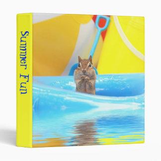 Diversión del verano poco Chipmunk 1 álbum de fot