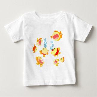 Diversión en la camiseta del bebé del dibujo remeras