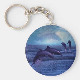 Diversión y juego del delfín llavero redondo tipo pin