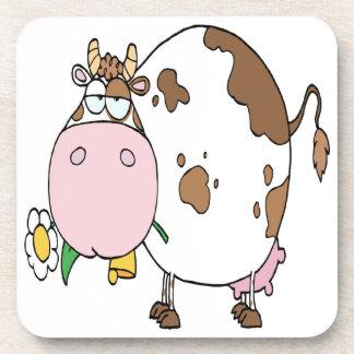 Diverso blanco del color de la vaca posavasos de bebida