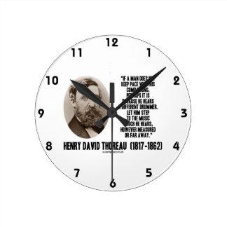 Diverso paso del batería de Thoreau a la música Reloj Redondo Mediano