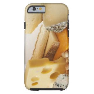 Diversos quesos en la tajadera funda de iPhone 6 tough