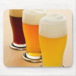Diversos tipos de cerveza alfombrillas de raton