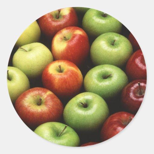 Diversos tipos de manzanas etiqueta redonda