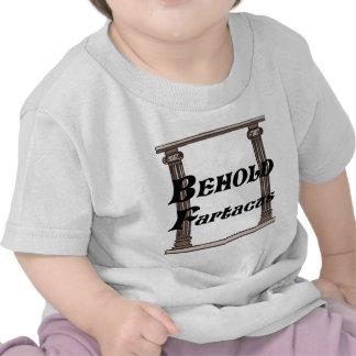Divertido behold el regalo del fartacus camisetas