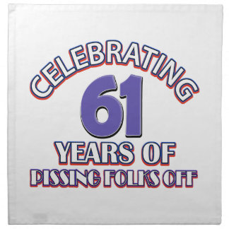 Divertido celebrando 60 años de infierno de servilletas