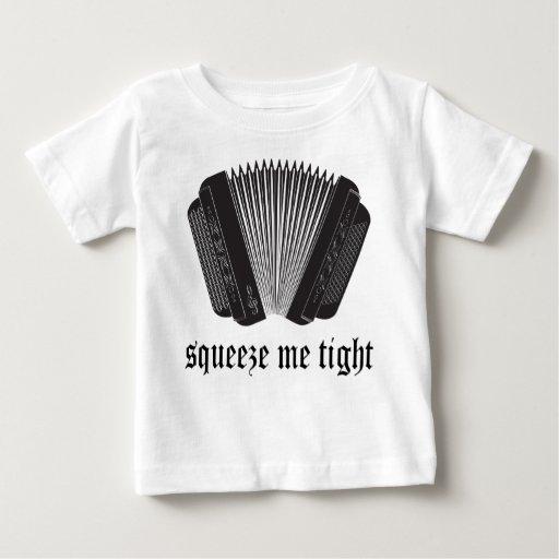 Divertido exprímame regalo apretado del acordeón tee shirt