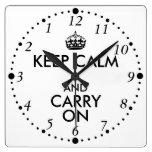 Divertido guarde la calma y continúe al revés el reloj