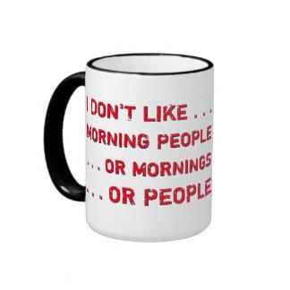 Divertido no soy una persona de la mañana antes de taza de dos colores