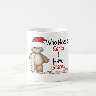 Divertido quién necesita a la abuelita de Santa Tazas De Café