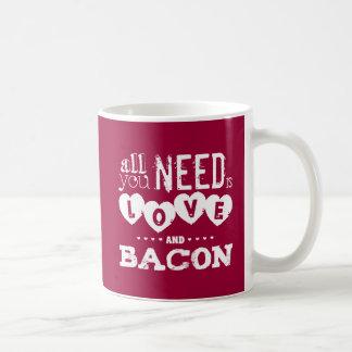 Divertido todo lo que usted necesita es amor y toc tazas de café