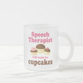 Divertido trabajará para el terapeuta de discurso taza de café esmerilada
