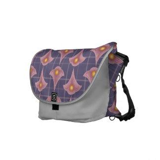 """""""Divine Petals"""", Messenger Bag (medium)"""