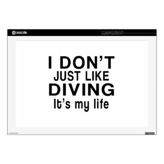 "DIVING IS MY LIFE 17"" LAPTOP DECAL"