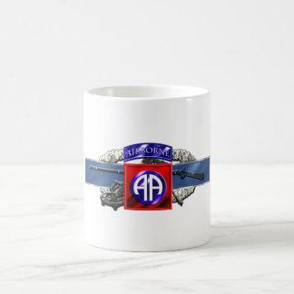 división aerotransportada 11C 82.o Taza Clásica