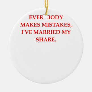 DIVORCE CERAMIC ORNAMENT