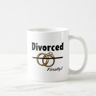 Divorced finally coffee mugs