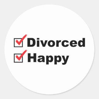 Divorciado y feliz pegatina redonda