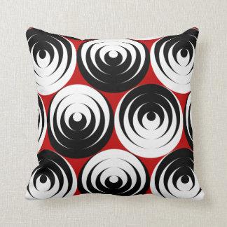 Dizzy circles throw pillow