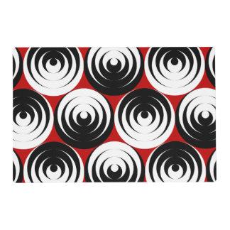 Dizzy circles placemat