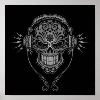 DJ gris y negro azucara el cráneo Póster