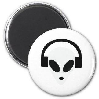 dj headphone alien area 51 magnet