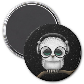 Dj Owl with Headphones, Glasses and Stars Magnet