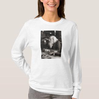 Dmitri Ivanovich Mendeleev Portrait T-Shirt