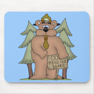 Do Feed the Bears Mouse Pad