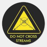 DO NOT CROSS STREAMS CLASSIC ROUND STICKER