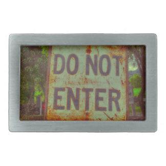 do not enter sign belt buckles