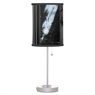 DO YOU LIKE SCARY MOVIES WITH THE LIGHTS LOW!? TABLE LAMP