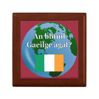 Do you speak Irish? in Irish. Flag & globe Gift Box